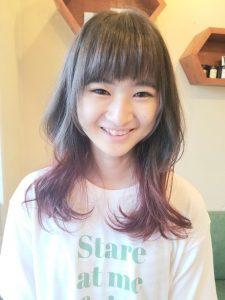 毛先カラーレッドのミディアムヘア☆